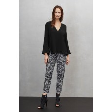 Great Plains Alana Crepe V Beck Blouse Black