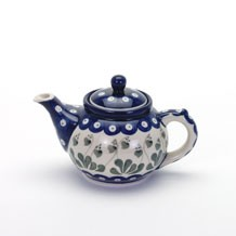Arty Farty Med Tea Pot Love Leaf