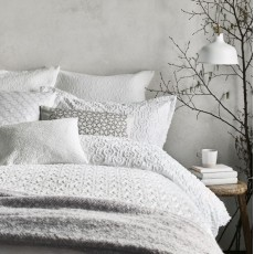 Murmur Nara Bedding White