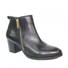 Lunar Dubai Black Heeled Leather Boot