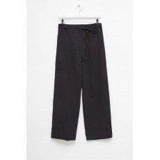 Great Plains Capri Blend Trouser Black