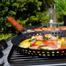The Ultimate BBQ Pan