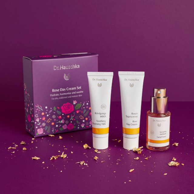 Dr Hauschka Radiant Rose 2020 Kit