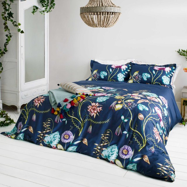 Bedeck Harlequin Quintessence Bedding Navy