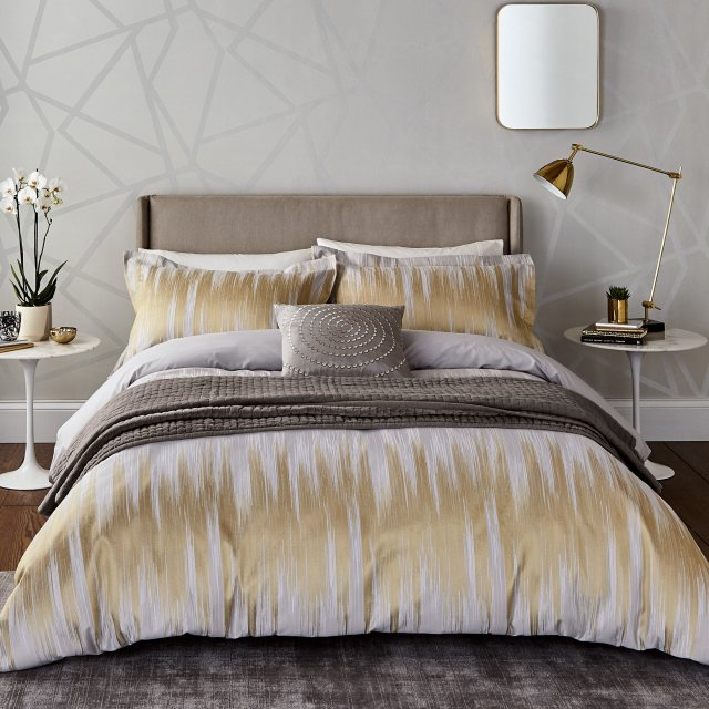 Bedeck Harlequinn Motion Bedding Ochre
