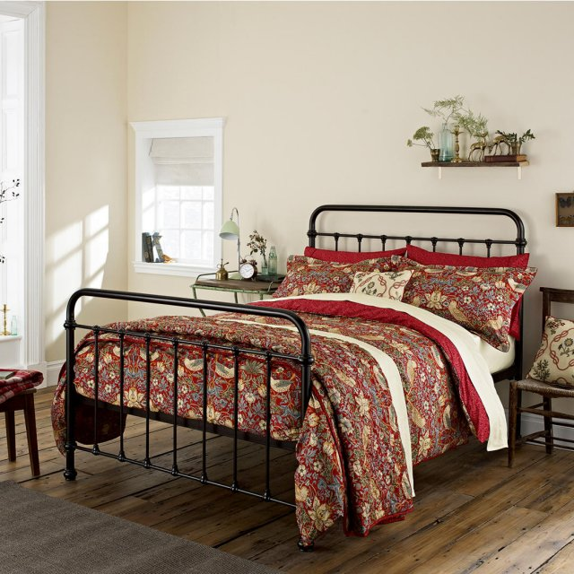 Bedeck Morris & Co Strawberry Thief Bedding Crimson